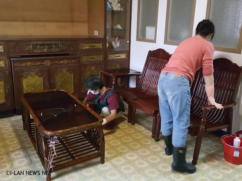 幸福管家擔任一日志工,讓弱勢家庭也能得到專業清潔服務。