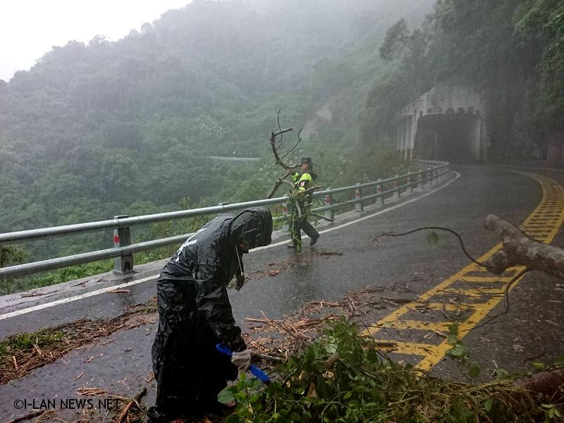 宜蘭豪大雨出現小區域積水 民眾行車小心!