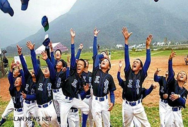 三星國小棒球隊參加關懷盃 一路過關斬將勇奪冠軍