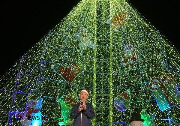 號稱全國最高耶誕樹在三星