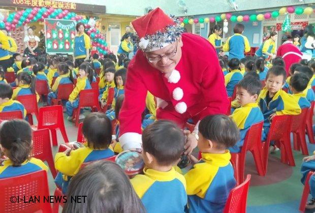 五結鄉立幼兒園歡度耶誕節