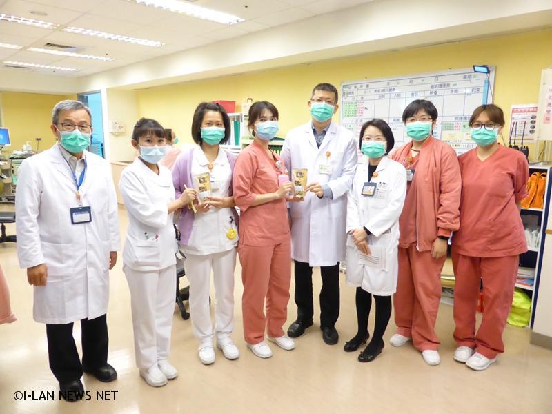 院長楊純豪提醒大家「面對疫情,要小心,但不要擔心」,在做好防疫工作的同時也一定要做好自我防護。