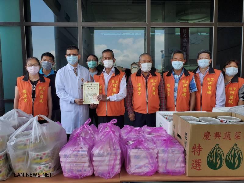 盼用美饌感謝醫護人員對醫療防疫無畏的貢獻與付出,更希望讓台灣能早日脫離此次疫情。