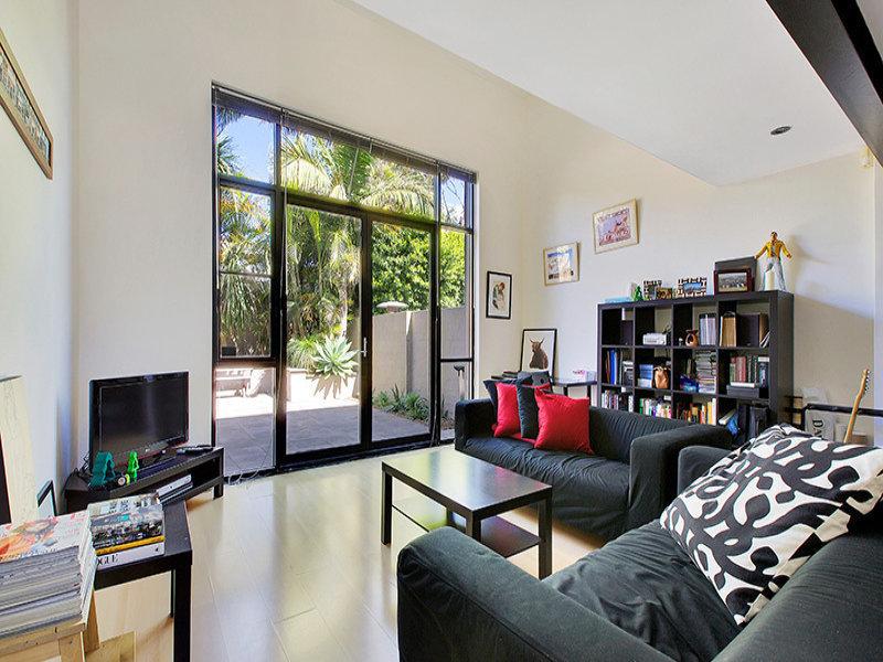 18 Mackenzie Street, LEICHHARDT  NSW  2040