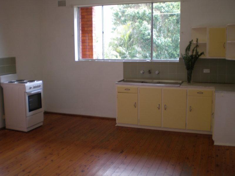 2/8 Ann Street, THIRROUL  NSW  2515