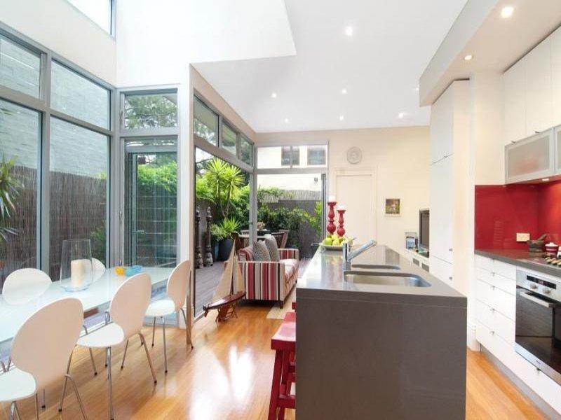 30 Ashmore Street, ERSKINEVILLE  NSW  2043