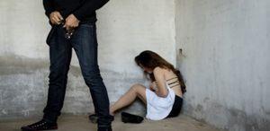 bidan desa diperkosa