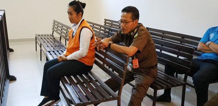 Komang Ayu Puspa Yeni menikah dengan pengusaha saat dia masih berstatus istri polisi