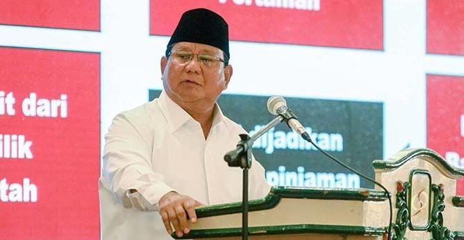 Prabowo Subianto dalam acara silaturahmi eksponen Muhammadiyah dan Aisyiyah se-Indonesia di Hotel Sahid, Jakarta, Minggu (3/3/2019)