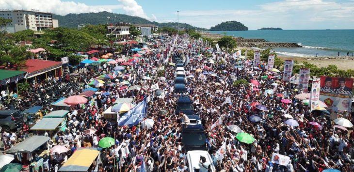 Ribuan warga ikuti kampanye Prabowo di Sumbar
