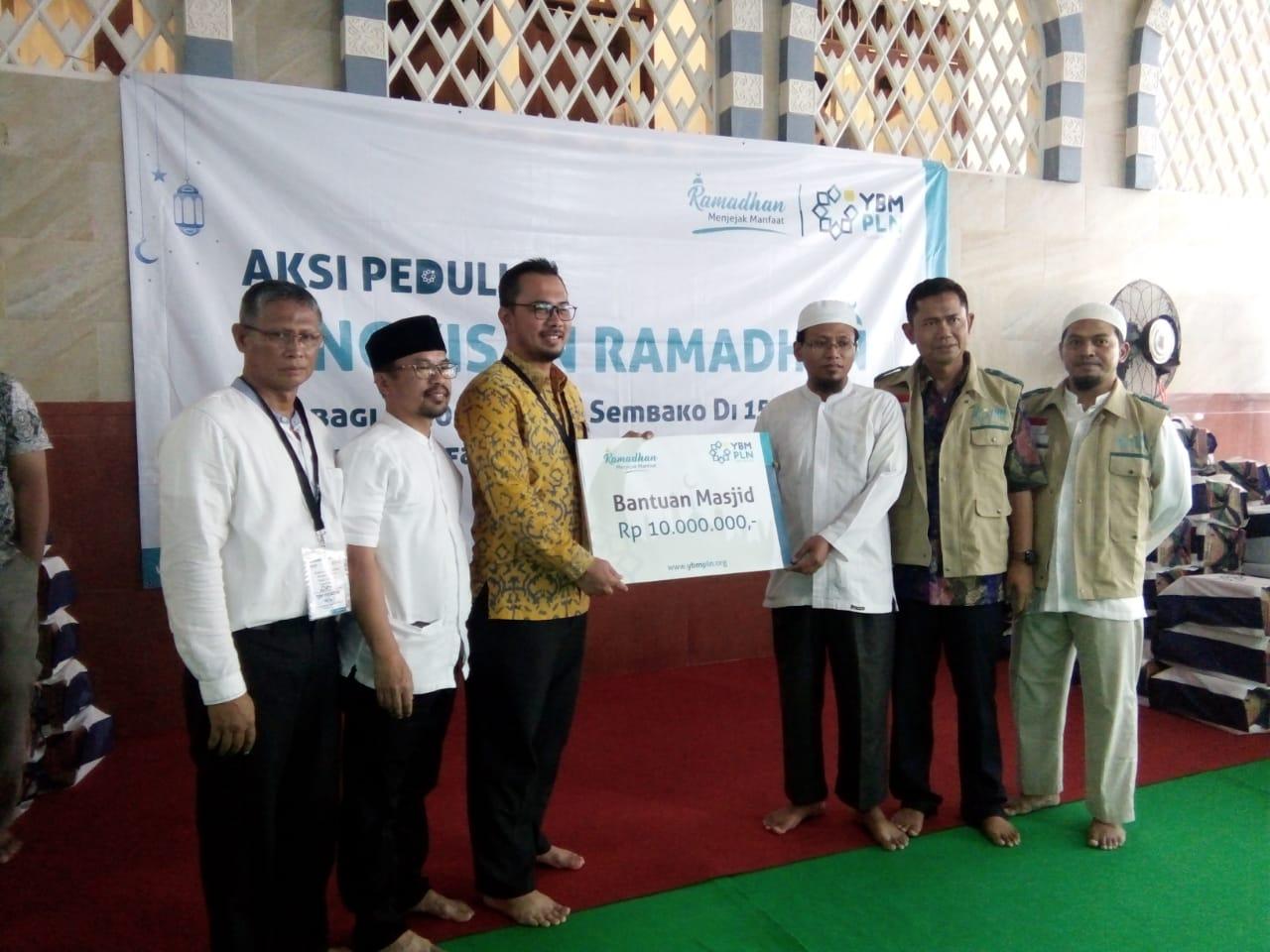 Sambut Ramadhan, PLN Bagikan 30 Ribu Paket Sembako. (FOTO : Iwan/Pojoksatu)
