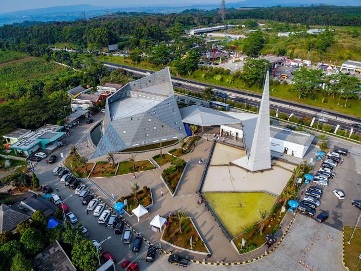 Masjid Al Safar Ridwan Kamil