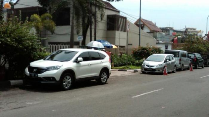 Tak Punya Garasi, Pemilik Mobil di Depok Didenda Rp2 Juta