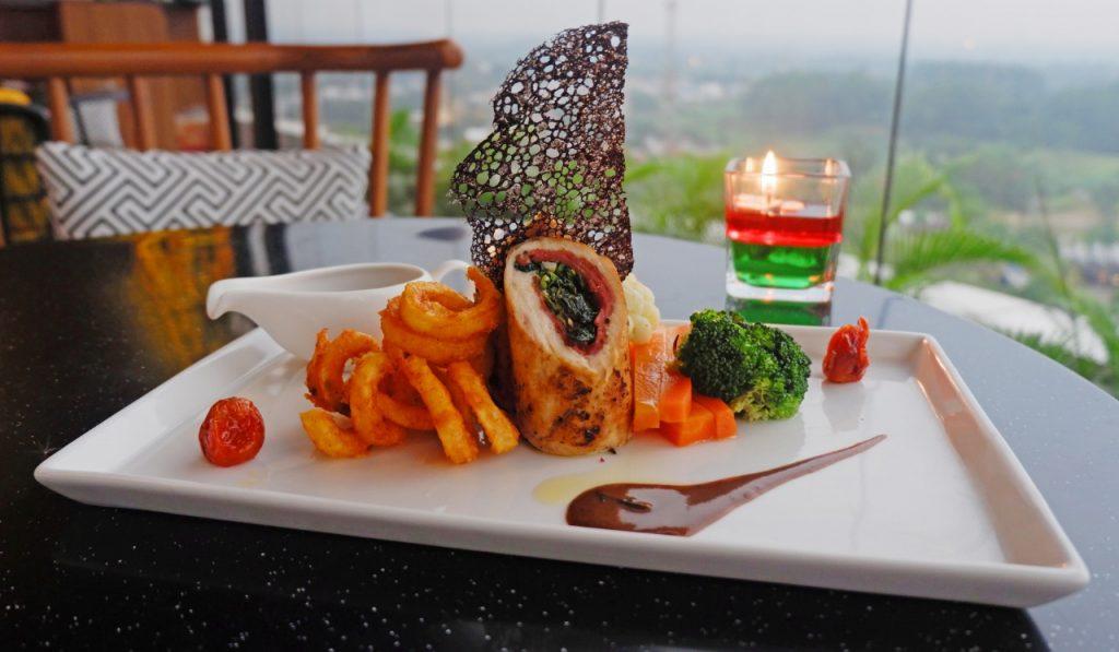 Sambut Hut Ri The Alana Sentul City Hadirkan Promo Makanan Dan