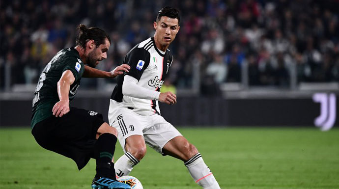 Juventus Tundukan Bologna
