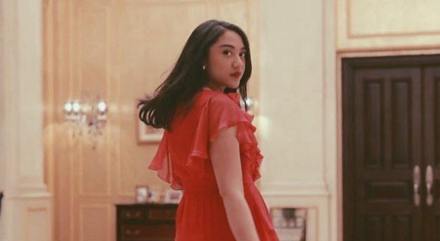 Putri Indahsari Tanjung yang merupakan anak dari bos Trans Corp Chariul Tanjung kabarnya bakal dilantik sebagai salah satu Staf Khusus Muda Presiden.