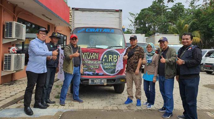 ARBI, MUI dan DD Salurkan Bantuan Penyintas Bencana Bogor