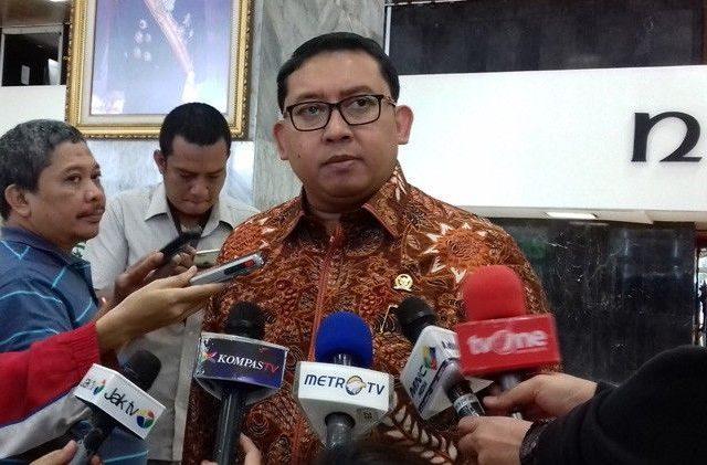 Wakil Ketua Partai Gerindra Fadli Zon mengatakan, ketua umumnya tidak bersikap lembek. Hal itu karena Prabowo melihat realita yang ada saat ini. (dok JawaPos.com)