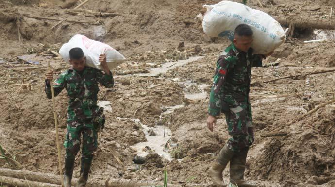 Akibat Longsor, 3 Kampung di Sukajaya Masih Terisolir