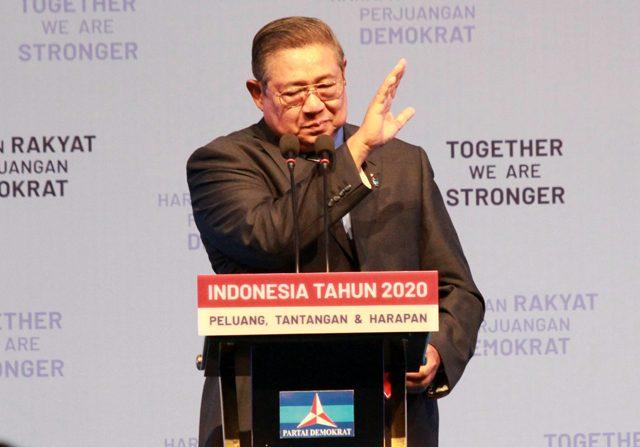 Ketua Umum Partai Demokrat Susilo Bambang Yudhoyono (SBY) berharap perang dunia ke-III tak terjadi seering dengan memanasnya Iran dan Amerika Serikat. (Dery Ridwansah/ JawaPos.com)