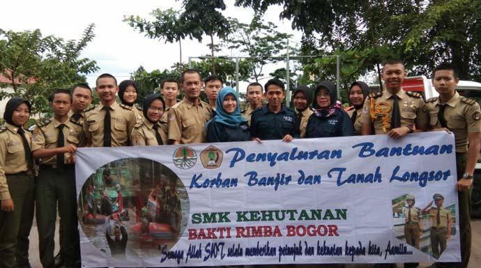 SMK Kehutanan Bakti Rimba Rehabilitasi Kawasan di Lokasi Bencana