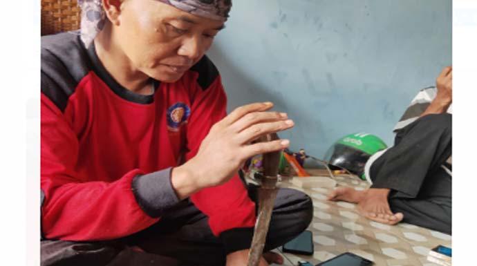 Bukan Padamkan Kebakaran, Petugas Damkar Kota Bogor Diminta Usir Jin