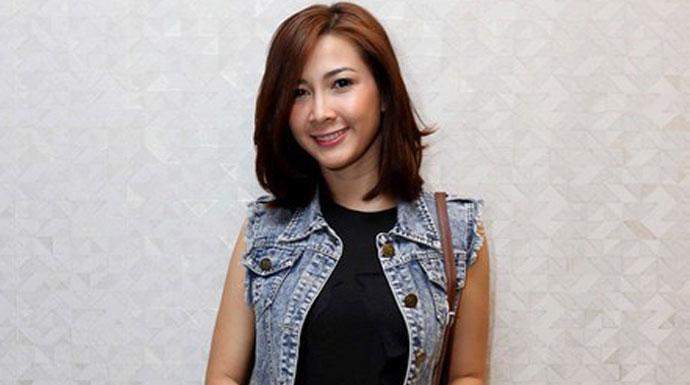 Aktris Andrea Dian
