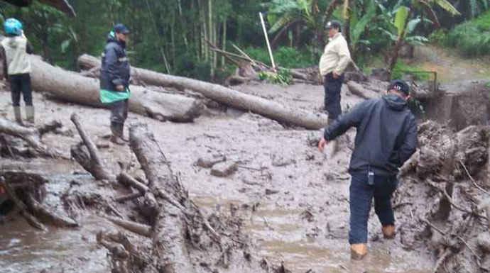 Puncak-Banjir-Bandang