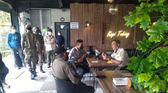 Kafe-Tubing