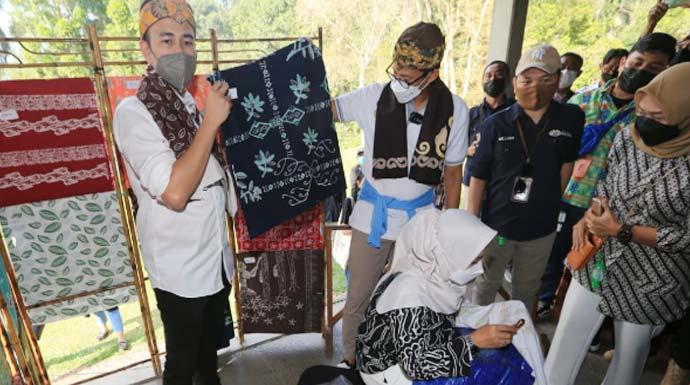 Bersama Raffi Ahmad Sandiaga Uno Kunjungi Desa Wisata Tugu Selatan Radar Bogor Berita Bogor Terpercaya
