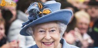 """Nữ hoàng Anh Elizabeth II """"quan tâm"""" đến Blockchain"""