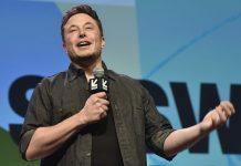 Elon Musk có những dòng đăng tải mâu thuẫn về Bitcoin - Ảnh: Getty Images