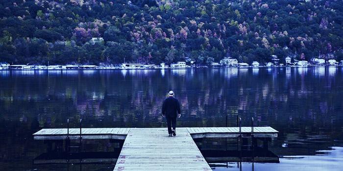 Cư dân địa phương cho rằng cơ sở khai thác Bitcoin đã làm thay đổi hệ sinh thái của hồ nước. Ảnh: Shutterstock.