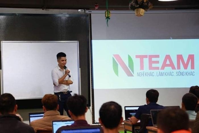 Trần Văn Nam, trưởng nhóm Nteam
