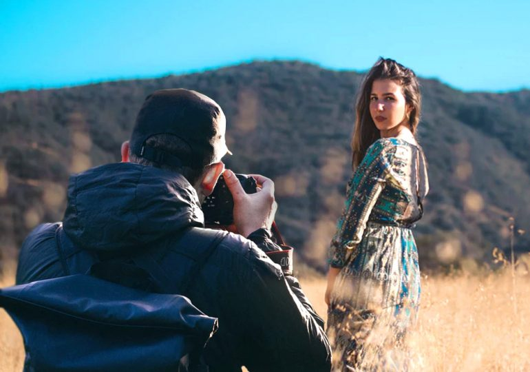 How To Train Your Boyfriend On Taking Better Travel Photos Of You Tripzilla India Taking a picture is seeing something with your eyes and capturing that moment with a camera. how to train your boyfriend on taking