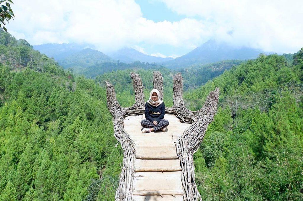 7 Tempat Wisata Alam Di Batu Malang Yang Ngehits Banget