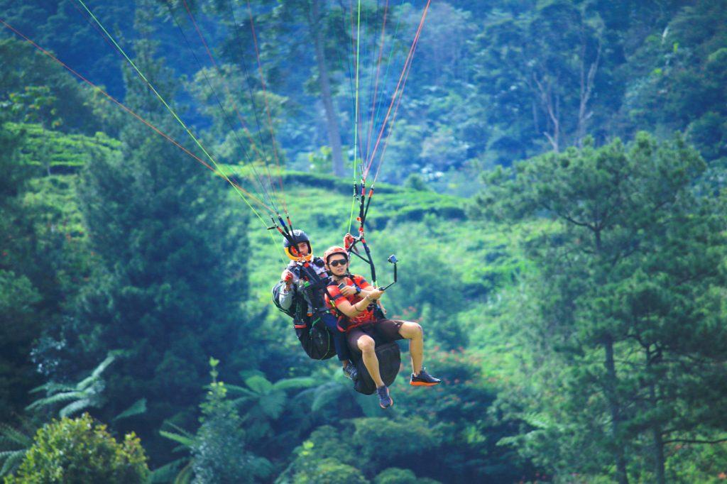 Wisata Ke Puncak Gunung Tingkea,O