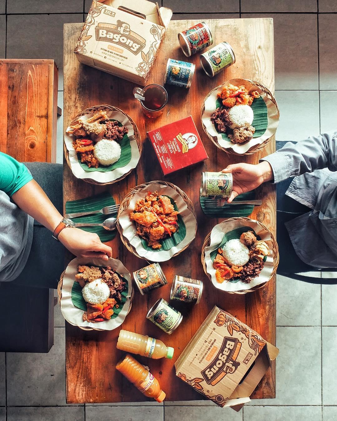 8 Tempat Makan Gudeg Di Jogja Yang Ikonik Dan Ngehits