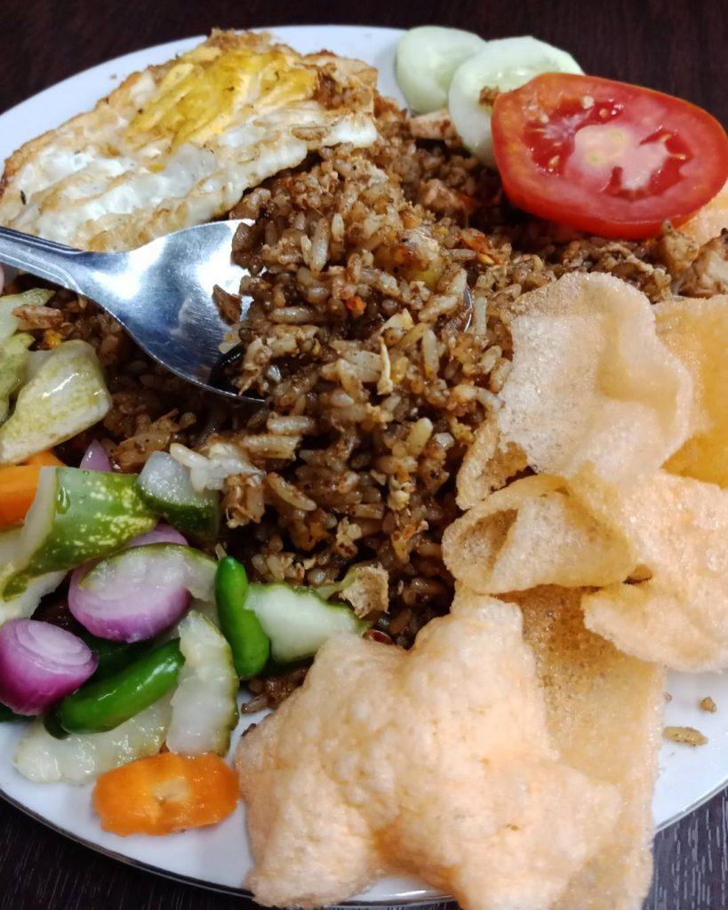 Nasi Goreng Unik Bekasi - desain spanduk keren