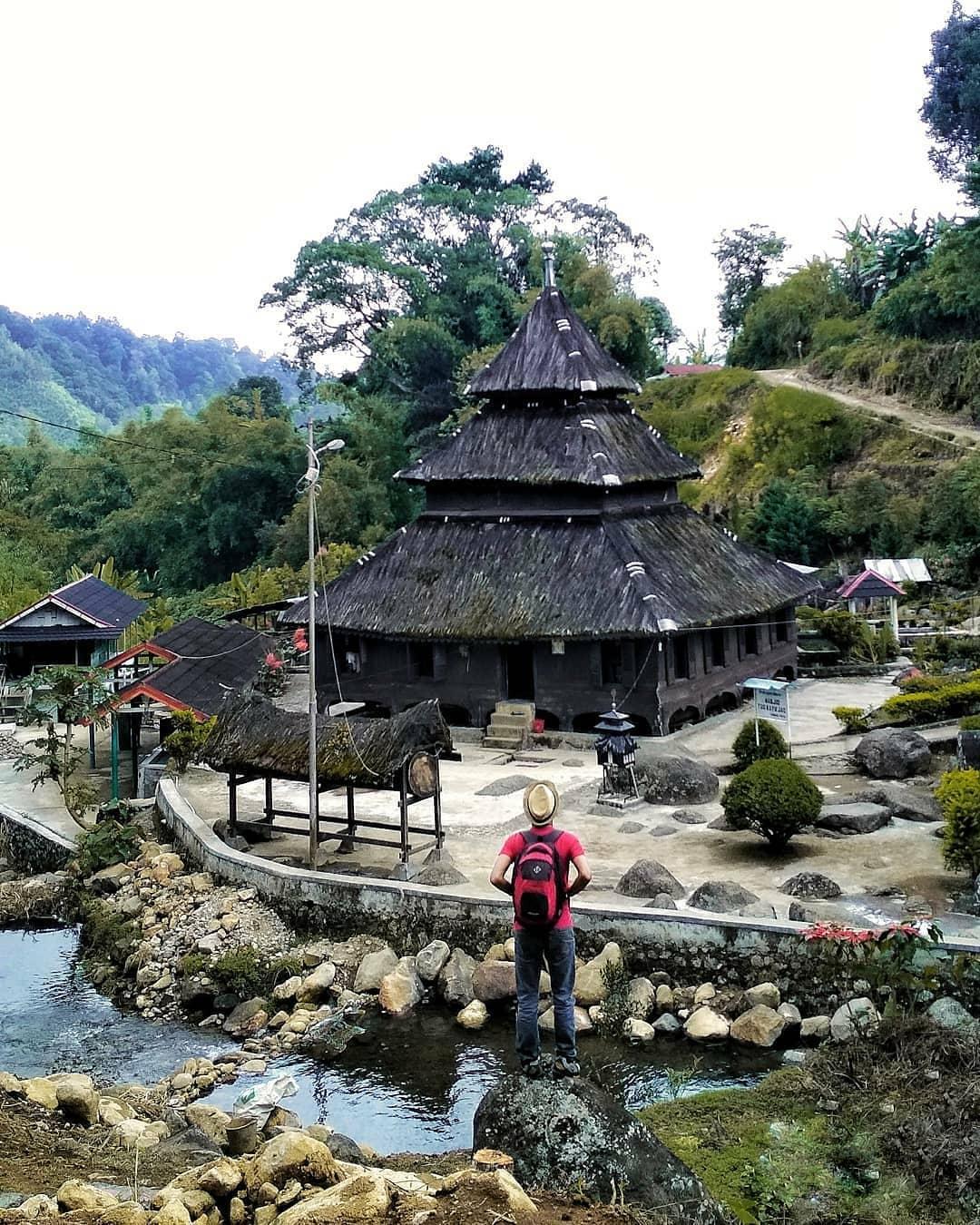 8 Destinasi Wisata Di Padang Dan Sekitarnya Yang Akan Membuat