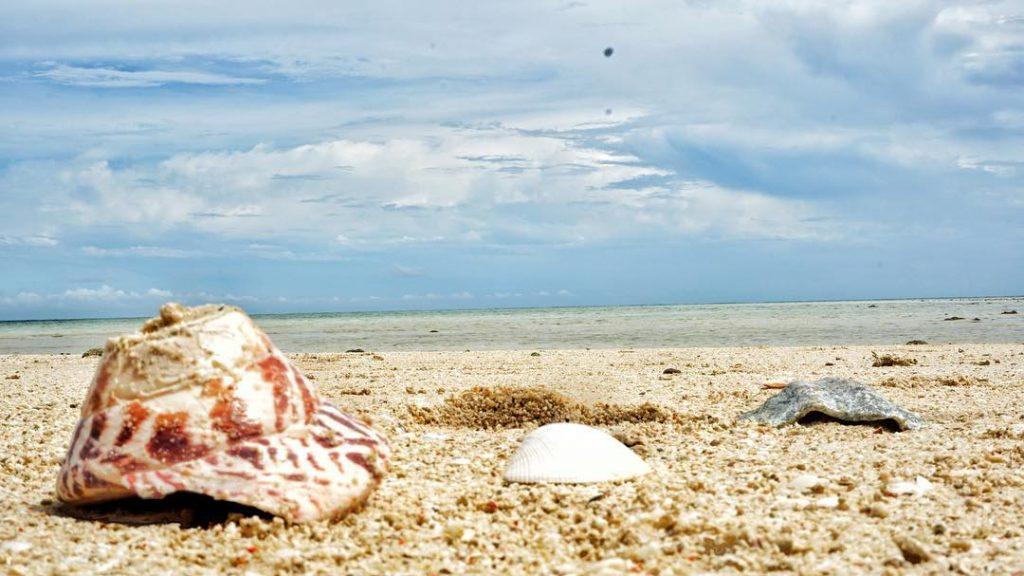 Pulau terpencil Indonesia