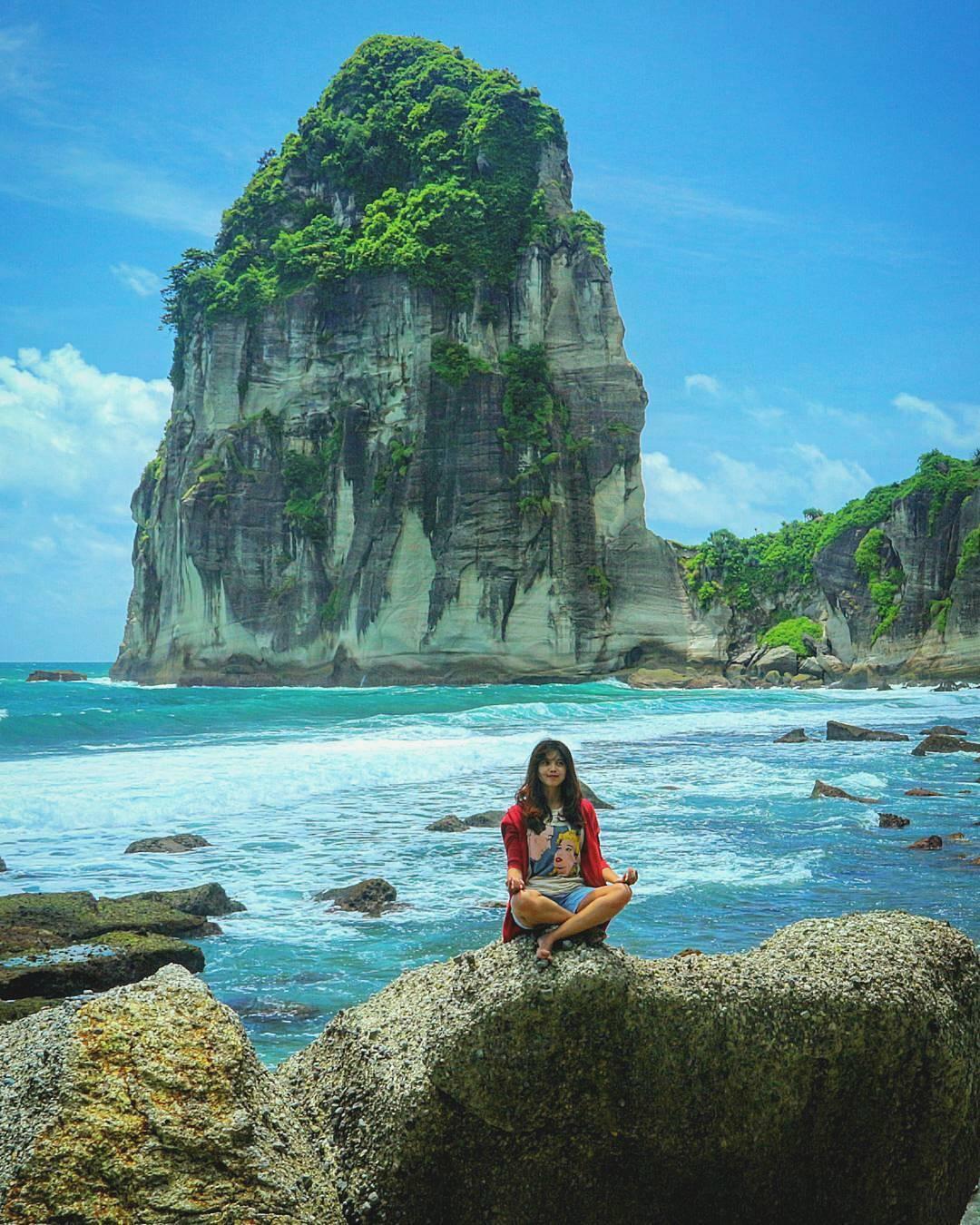 destinasi wisata pacitan 26 Pantai Di Pacitan Yang Indah Dan Mengesankan