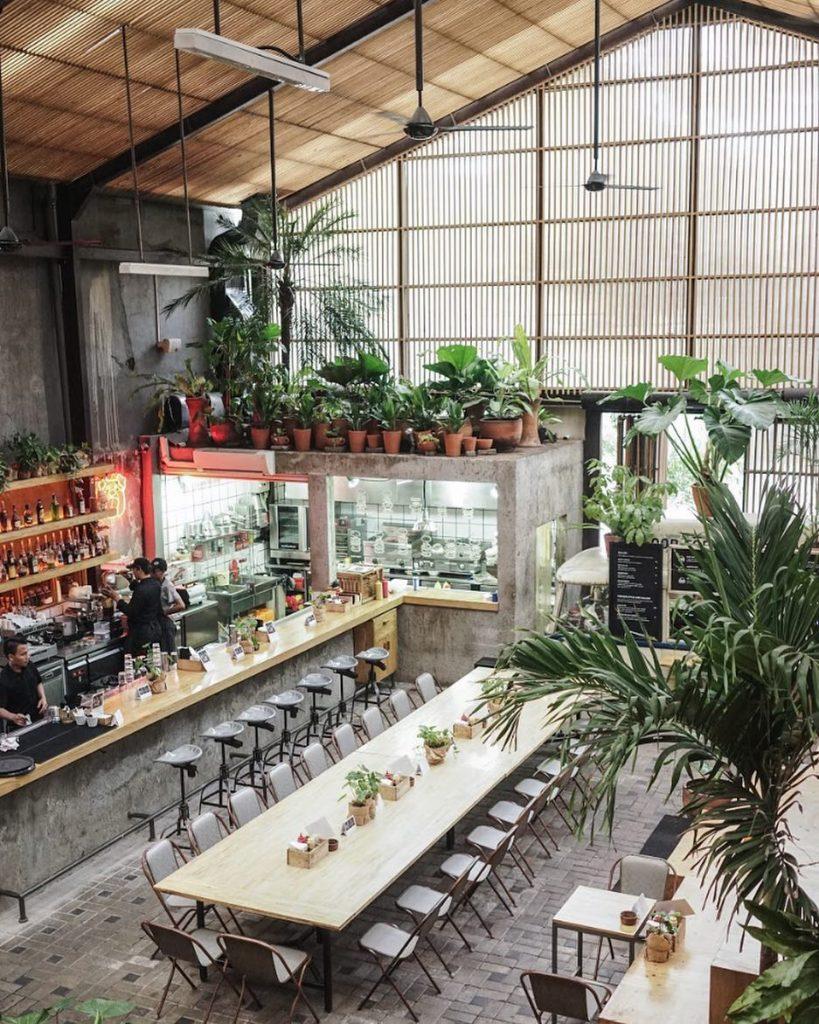 11 Tempat Makan Nuansa Alam Di Jakarta Yang Sejuk Dan Asri