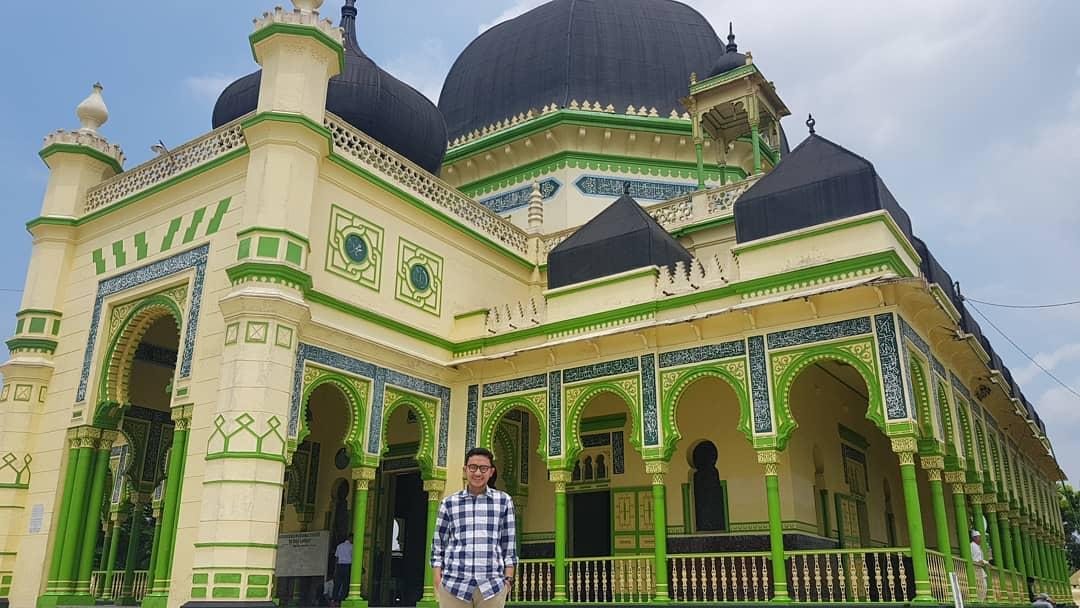 Warna  Masjid  Yang Bagus Nusagates