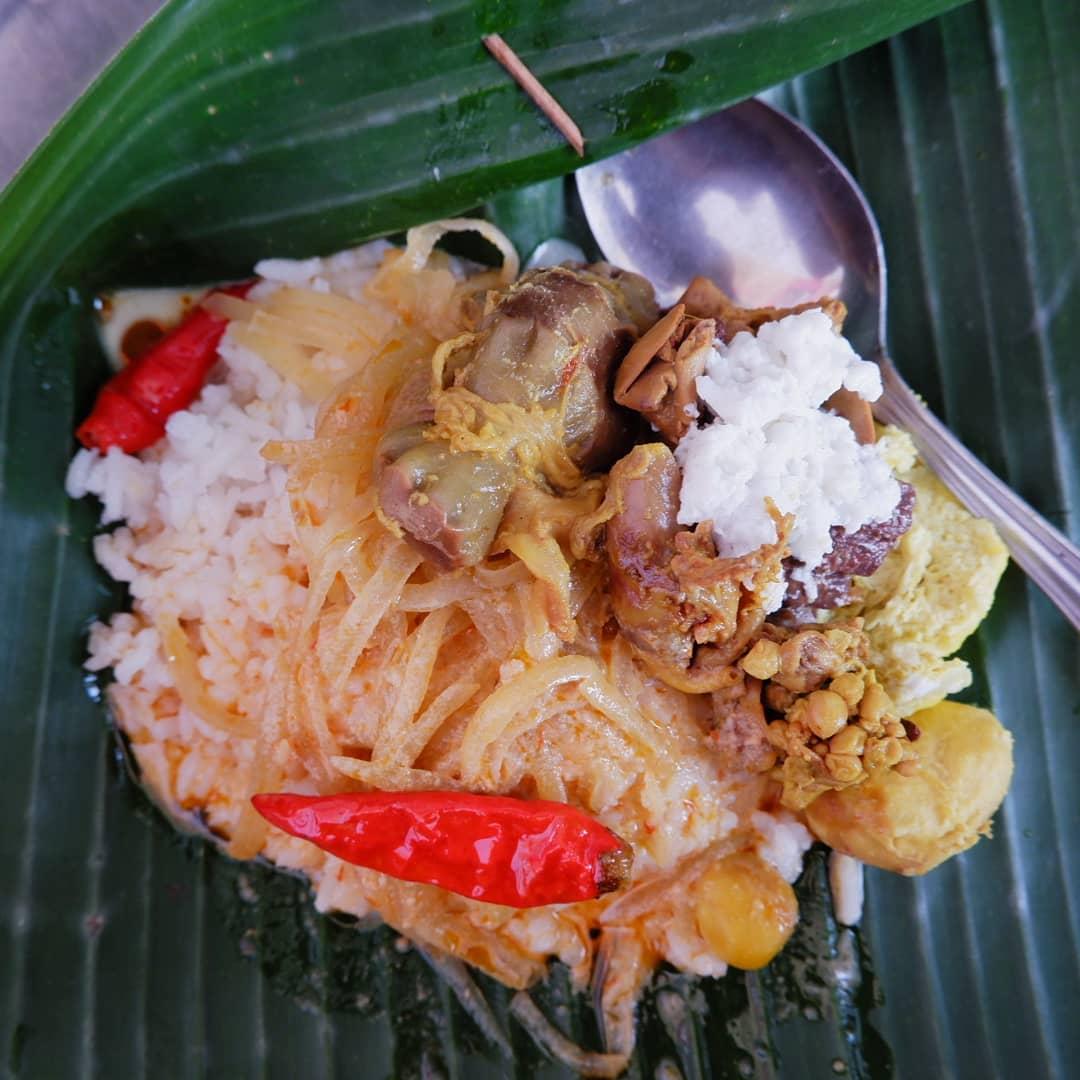 5 Tempat Terbaik Menikmati Nasi Liwet Di Solo Yang Maknyus