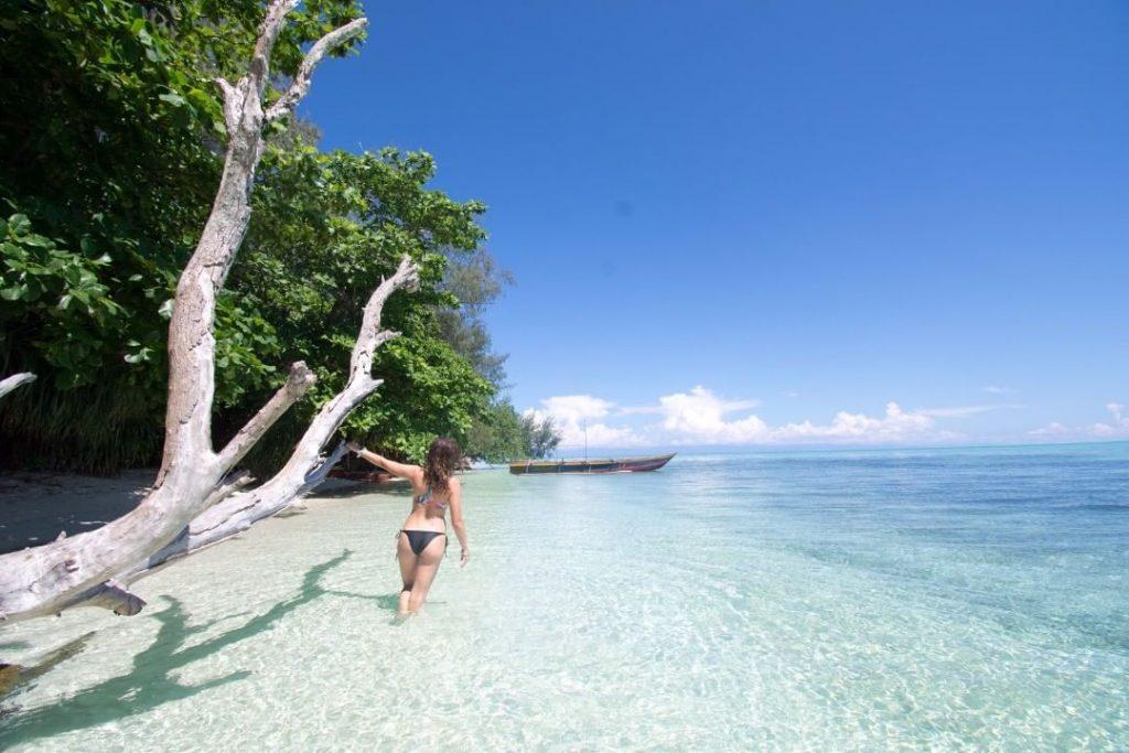 19 Destinasi Wisata Alam di Papua yang Tak Kalah Indah
