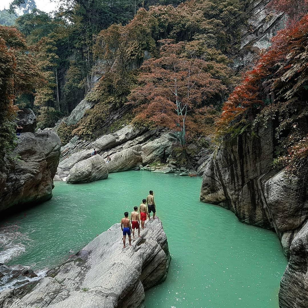 15 Tempat Wisata Bandung Barat Yang Keren Dan Mengagumkan