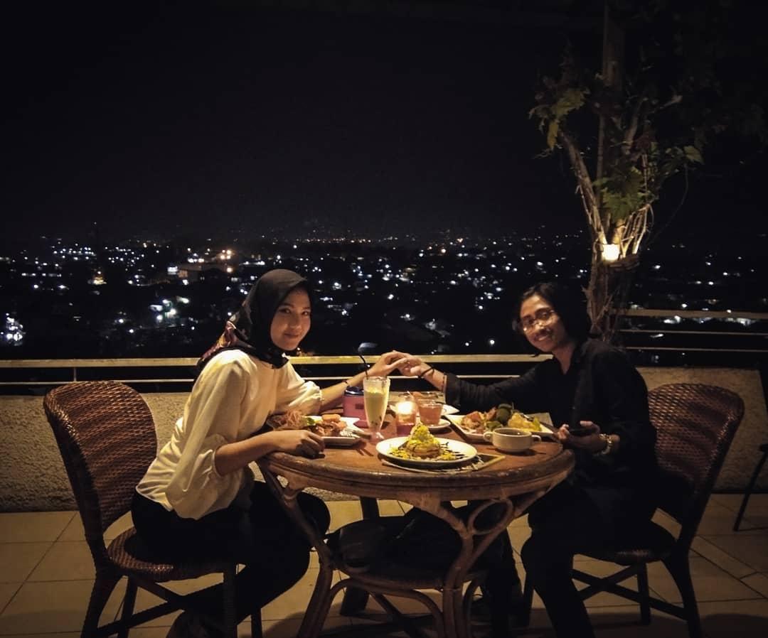 7 Restoran Bogor Dengan View Keren & Nuansa Romantis