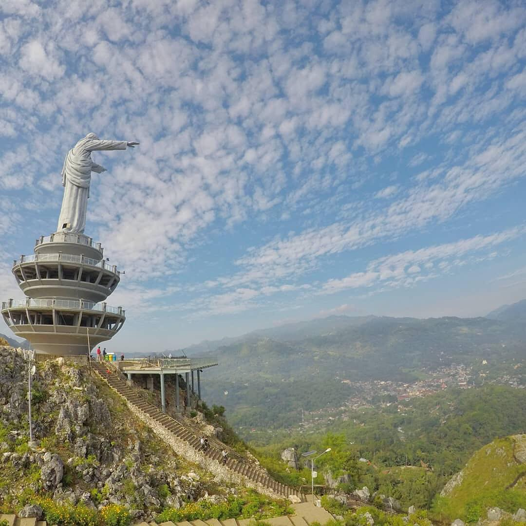 6 Tempat Wisata Tana Toraja Yang Menarik Untuk Dikunjungi