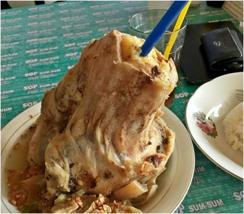 Makanan khas Malang - sop sumsum